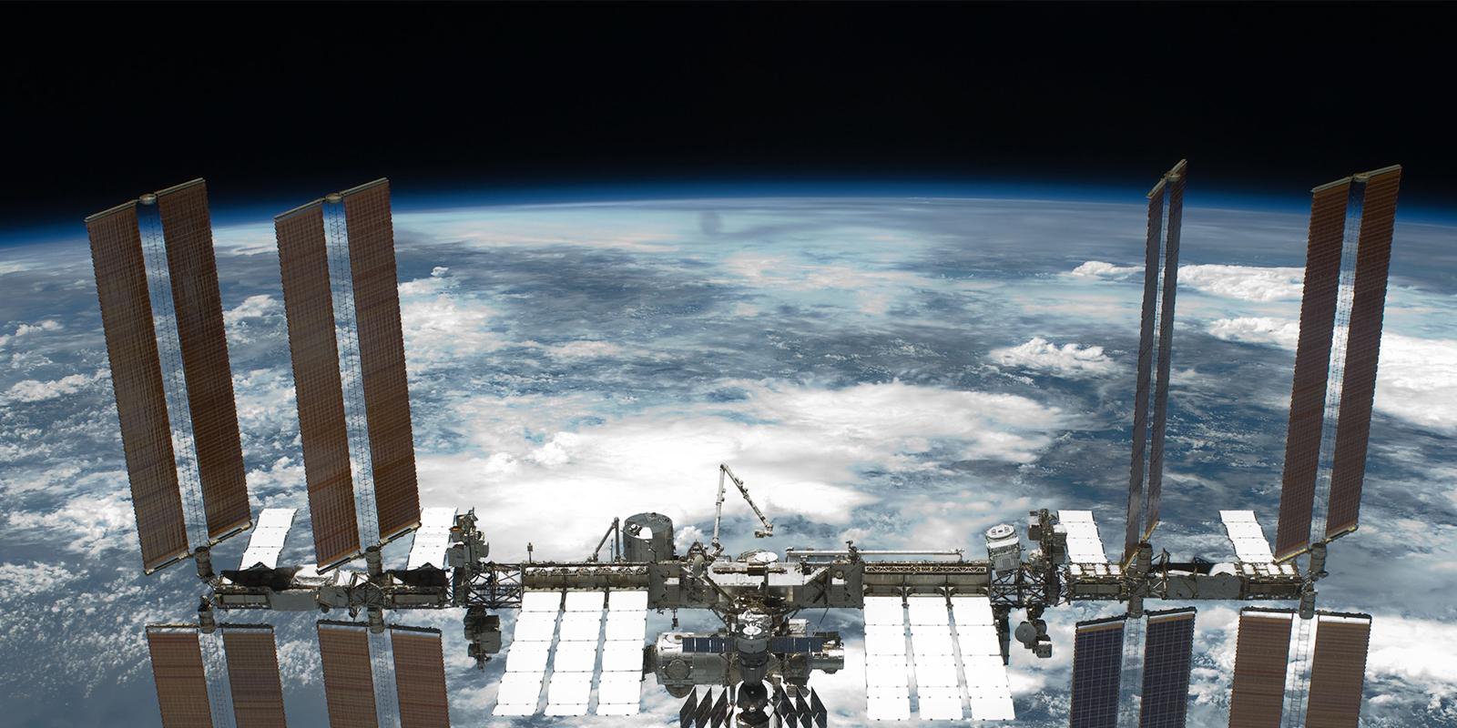 International_Space_Station_after_undocking